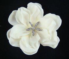Light Ivory Hair Flower with Rhinestone STARFISH centerpiece / beach bride destination wedding hair flower starfish hair clip