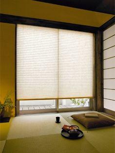 window door and paper blind can create a paper like door 和モダン