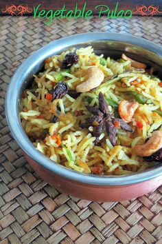I realized that I have no rice recipes in my space. So finally I decided to go for this Vegetable Pulao recipe. I had prepared this quit...