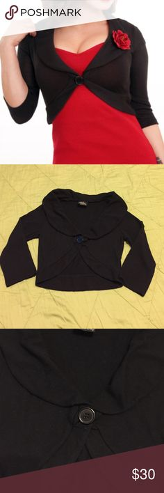 Marilyn Sweater by Steady Clothing Marilyn Sweater by Steady Clothing, 1st photo for reference, the rest are the actual sweater. Size SMALL, worn once, perfect condition. Steady Clothing Sweaters