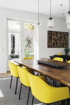 Esszimmertisch Mit Stühlen Holz Esstisch Stühle Gelb Pendelleuchten  Esszimmer