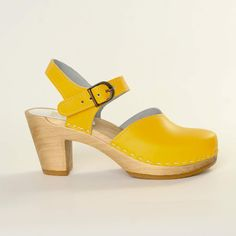 {Mary Jane Clog Yellow} Sven