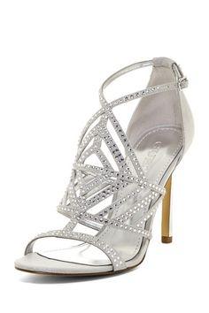 Mucho brillo para los zapatos de la novia!! | Rhinestone Stiletto