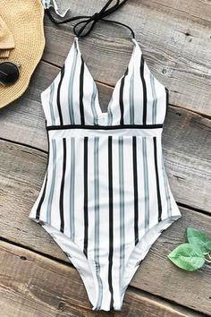 Cupshe Iceandsnow Love Stripe One-piece Swimsuit #beachoutfitswomen #swimsuitsonepiece