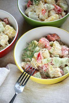 Wcale nie miałam zamiaru pokazywać tej sałatki, bo jest banalnie prosta, ale kilka osób zapytało o nią (widząc ją na talerzu obok kurczaka z... Salad Recipes, Potato Salad, Grilling, Salads, Potatoes, Ethnic Recipes, Food, Google, Crickets