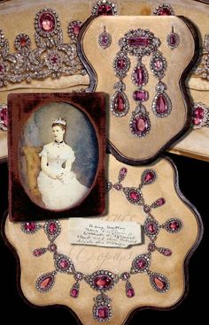 """thestandrewknot: """" The Württemberg Pink Topaz Parure, 1877. """" history and orginal from http://www.royal-magazin.de/german/wuerttemberg/wurttemberg-topaz-parure.htm please don't copy without permisson from my website Wuerttemberg Royal Pink Topaz..."""