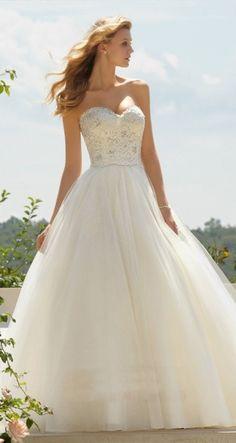 Love beach wedding dresses