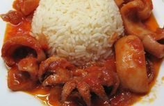 Σουπιές κρασάτες - Cuttlefish with wine and tomato sauce Greek Recipes, Fish Recipes, Appetizer Recipes, Food Network Recipes, Cooking Recipes, The Kitchen Food Network, Greece Food, Greek Cooking, Cooking Fish
