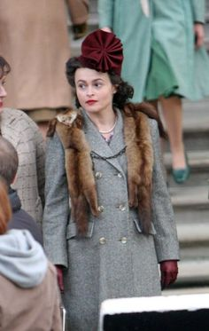 on the set (ENID) - helena-bonham-carter Photo