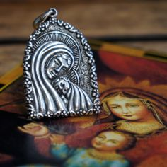 Madonna & Child Pendant #redbalifrog #silver #jewellery #beads