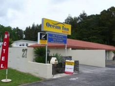 Auckland Ocean Inn Motel New Zealand, Pacific Ocean and Australia Ideally located in the prime touristic area of North Shore, Ocean Inn Motel promises a relaxing and wonderful visit. The hotel offers guests a range of services and amenities designed to provide comfort and convenience. Facilities for disabled guests, express check-in/check-out, luggage storage, Wi-Fi in public areas, car park are on the list of things guests can enjoy. Designed for comfort, selected guestrooms ...