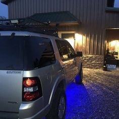 Lovin' the ambient lights on this Explorer! What a nice touch up to sucha  great SUV!  #regram via @ford_explorer_club New Ford F150, Best Family Cars, Ford Explorer, Ford Trucks, Mustang, Club, Lights, Touch, Nice
