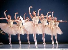 San Francisco Ballet in Balanchine's Diamonds.     Photo: Weiferd Watts