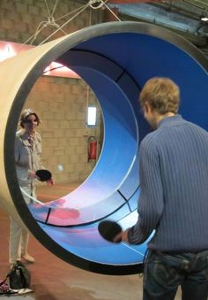 Ping Pong Tube-great, crazy idea. Especially if you're hitting it really hard. / TechNews24h.com