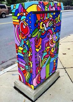 Rainbow // street art // unknown artist