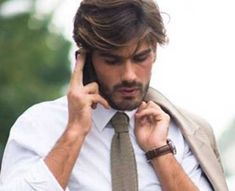 Dark Couleur de cheveux pour les hommes #hair #hairstyle #hairstyles Are you not in love with this hairstyle? Yessss would you like to visit my site then? via: http://schickfrisur.com #haircolour #haircolor #hairdye #hairdo #haircut #braid #straighthair #longhair #style #straight #curly #blonde #hairideas #braidideas #perfectcurls #hairfashion #coolhair