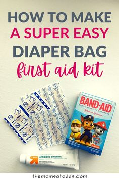 Wondering what to carry in a diaper bag first aid kit? It's always good to be prepared with your little one by having some simple first aid supplies in your diaper bag or purse. Here are the essentials that will help minor boo boos and save the day from tantrums! Diy First Aid Kit, Baby Registry Essentials, Boo Boos, Diy Diapers, Working Mom Tips, Kits For Kids, Mom Advice, Band Aid