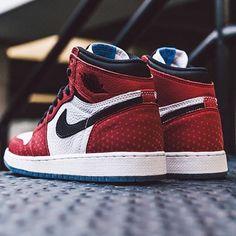 "89f8d59564cb Sneakers   Street Culture on Instagram  ""Air Jordan 1 Spider-Man 🕷🕷 —  aj1   airjordan  wearejordan  spiderman  airjordan1  kickstagram  airjordan ..."