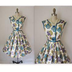 A dress to wear to a Fall wedding?