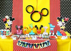 Mickey Mouse Party... use pool noodles for the mickey face