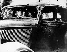Bonnie And Clydes car after gunshots.