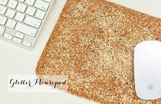 The DIY Files: Glitter Mousepad by @Sarah {Chic Sprinkles} // photography by Chic Sprinkles