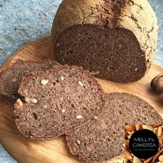 Die besten LowCarb Brote gibts auf Keto-Rezepte.de - Ketarier brauchen auch Abwechslung. Deshalb gibts jetzt was nussiges: LowCarb Walnussbrot