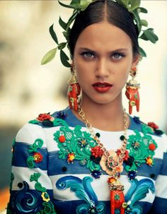 MIKE KAGEE FASHION BLOG: VOGUE JAPAN EDITORIAL OCTOBER 2014 WITH NADJA BEND...