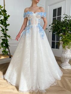 Fancy Wedding Dresses, Pretty Prom Dresses, Elegant Dresses, Cute Dresses, Beautiful Dresses, Fairytale Dress, Prom Outfits, Gala Dresses, Vestidos Vintage