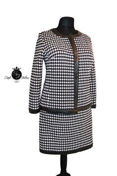 Oblečenie pre moletky. Molet moda. Plus size. Moda. Modeling, Peplum Dress, Blazer, Black And White, Jackets, Dresses, Fashion, Down Jackets, Vestidos