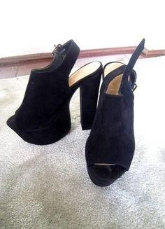 Czarne buty na słupku 36