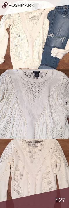 CHELSEA & THEODORE || Fringe Sweater Chelsea & Theodore • Fringe Detail Sweater • Excellent Condition Chelsea & Theodore Sweaters