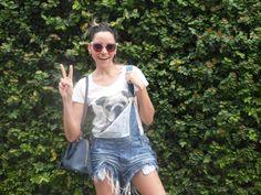 The Leila's Blog: Macacão curto + Camiseta + Slipper