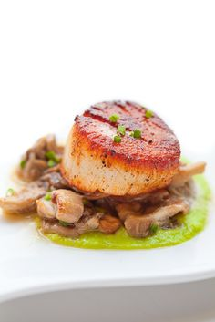 Seared Scallop with Asparagus and Oyster Mushroom (inspired by The French Laundry Cookbook)