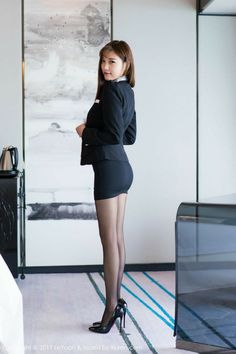 Asian Fashion, Girl Fashion, Womens Fashion, Beautiful Legs, Beautiful People, Tight Dresses, Sexy Dresses, Secretary Outfits, Jolie Photo