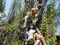 La Isla De Las Muñecas (Island of the Dolls)