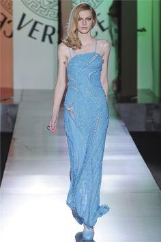 Atelier Versace - Haute Couture Fall Winter 2012-13 - Shows - Vogue.it