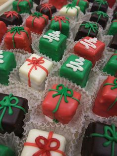 Christmas petits fours ...I love these! They are so simple but so elegant