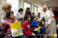 """El Papa pide que los hospitales """"sean lugares para promover la cultura del encuentro y de la paz"""" :: Vaticano :: Religión Digital"""