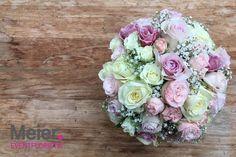 Brautstrauß in rosé und creme - immer superromantisch