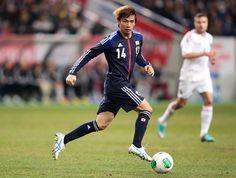 INUI, Takashi   Midfield   Eintracht Frankfurt (GER)   @taka_infinito   Click on photo to view skills