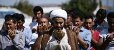 Σοκάρουν οι καταγγελίες του αντιπεριφερειάρχη Λέσβου Άρη Χατζηκομνηνού στον star fm, ότι επιτελείται με γοργούς ρυθμούς η ισλαμοποίηση της Ελλάδας. Επισημαίνει ότι η χώρα μας έχει αφεθεί σκόπιμα, στο έλεος των ατελείωτων μεταναστευτικών ροών, κυρίως από την Αφρική. Ο κ. Χατζηκομνηνός δηλώνει κάθετα αντίθετος με την αποσυμφόρηση των νησιών και την μεταφορά χιλιάδων από αυτούς,... Wrestling, Couple Photos, Couples, Sports, Lucha Libre, Couple Shots, Hs Sports, Couple Photography, Couple