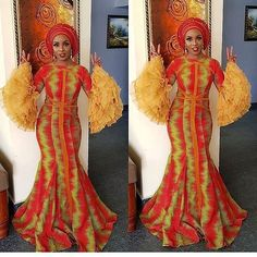 Hello Diva scroll down we show you latest Ankara Aso ebi styles 2019 to Rock every occassion and look extra odinary beautiful.below here are the beautiful African Bridesmaid Dresses, African Dresses For Women, African Attire, African Wear, African Fashion Dresses, African Women, Fashion Outfits, Nigerian Fashion, Women's Fashion