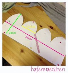 harbor girl: DIY sewing instruction beanie hat Source by Sewing Hacks, Sewing Crafts, Sewing Projects, Projects To Try, Sewing Clothes, Diy Clothes, Hat Tutorial, Baby Couture, Baby Slippers