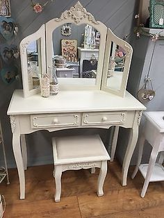 Pine Bedroom Antique Style Dressing Tables with Stool Cream Dressing Tables, Dressing Table With Stool, French Vintage, Vintage Style, Vintage Fashion, Pine Bedroom, Table Mirror, Autumn Home, I Shop