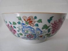 18th CENTURY CHINESE EXPORT FAMILLE ROSE PORCELAIN PUNCH BOWL