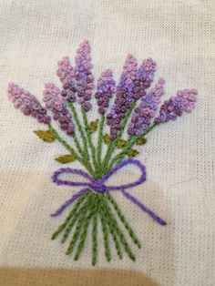Marvelous Crewel Embroidery Long Short Soft Shading In Colors Ideas. Enchanting Crewel Embroidery Long Short Soft Shading In Colors Ideas. French Knot Embroidery, Silk Ribbon Embroidery, Crewel Embroidery, Hand Embroidery Patterns, Cross Stitch Embroidery, Machine Embroidery, Flower Embroidery Designs, Floral Embroidery, Bordados E Cia