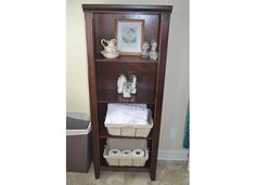 Organized and Simplified!: Bathroom shelving