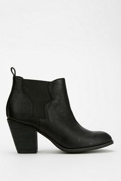 Ecote Western Heeled Ankle Boot