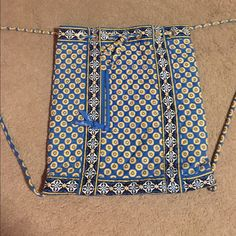 Vera Bradley Drawstring Backpack Another super cute draw string backpack! Quick and easy to backpack to take anywhere! Discontinued riviera blue pattern! Barely used!! Like new!! Feel free to make an offer! :) Vera Bradley Bags